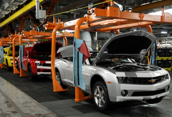 General Motors cutting jobs in Oshawa plant