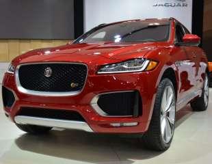 2017 Jaguar F-Pace Preview at CIAS